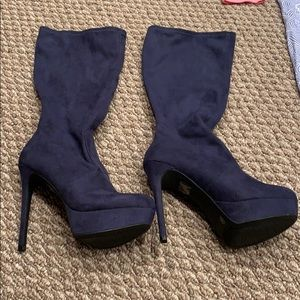 New navy boots